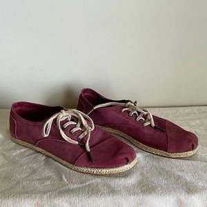 🌈3/$20 | TOMS | Rare* Style Shoes | Burgundy | 8
